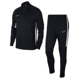 Nike Sports. uzvalks