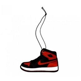 Automobilių gaisa atsvaidzinātājs (Nike jauns automobilis)