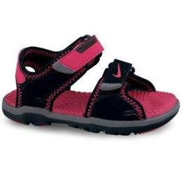 Meitene. Nike sandales